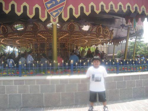 HK Disneyland Fantasyland Cinderella Carousel