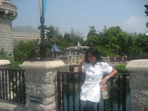 HK Disneyland Fantasyland Snow White Grotto