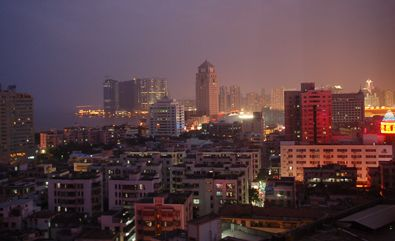 Zhuhai-at-night