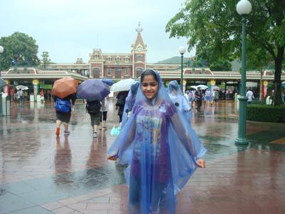 It was raining but still the enthusiam did not fizzle down