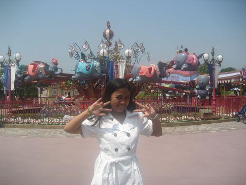 HK Disneyland Fantasyland Dumbo the Flying Elephant